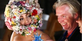 Lady Gaga Pay Tribute to the Philip Treacy Fashion Show