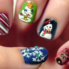 Unique Christmas Nail Art Ideas and Designs