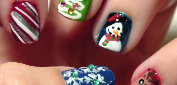Unique Christmas Nail Art Ideas and Designs